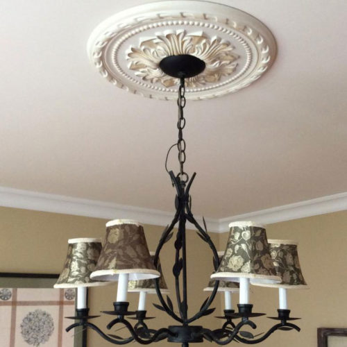 Small Pasadena medallion has a beautiful floral motif in the center, embraced in a beaded and ribbon twist rims.